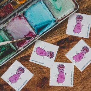 WESENsART-Produktbild: Aufkleber: 5 Wesen kleben rum, dieses Mal Yannie.